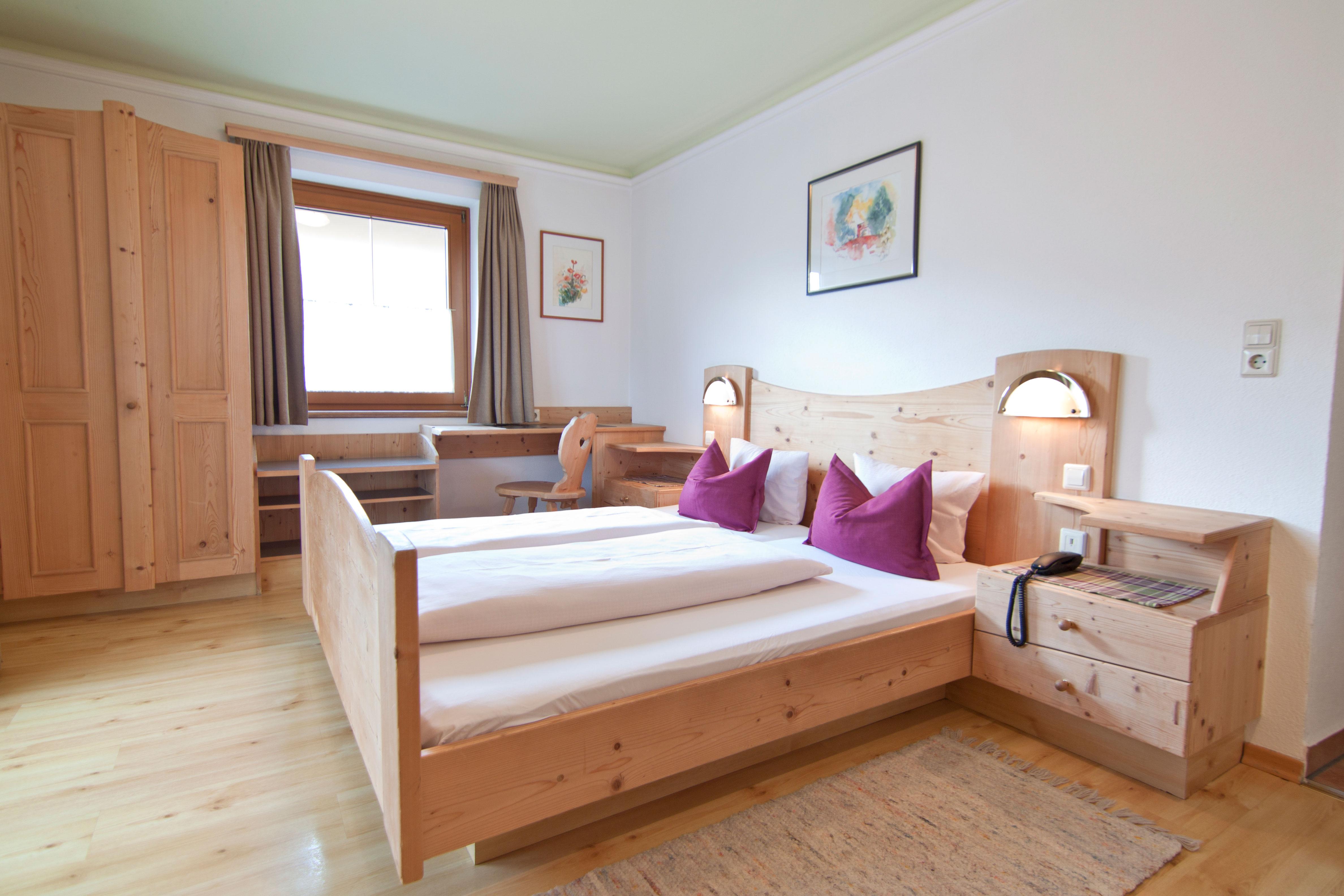 Holzzimmer im Gasthof Sonne - Matrei in Osttirol